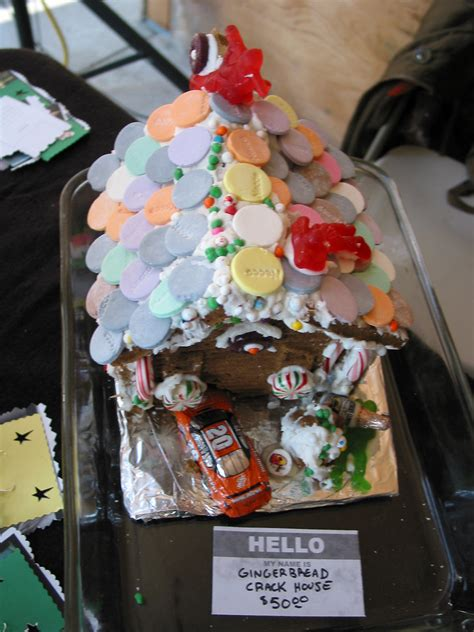 Gingerbread crack house | Susan from Cleveland Stitch 'n