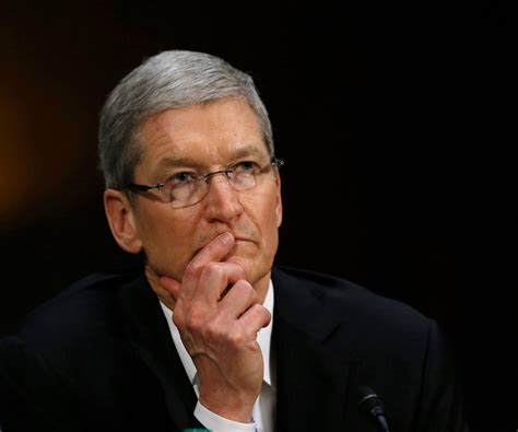 Tim Cook Biography - Childhood, Life Achievements & Timeline