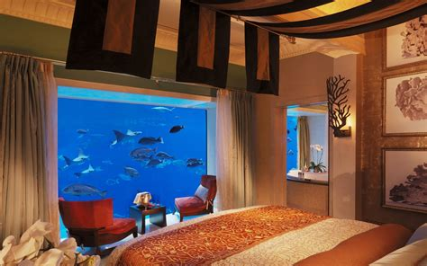 Hotel Underwater: the Neptune Suite at Atlantis, The Palm